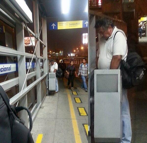metro1 - @bestiasalvolant el meon del metropolitano