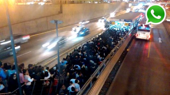 metro5 - vía @wasapEC, estaciones del metropolitano colapsan por el partido contra bolivia , 25 de junio